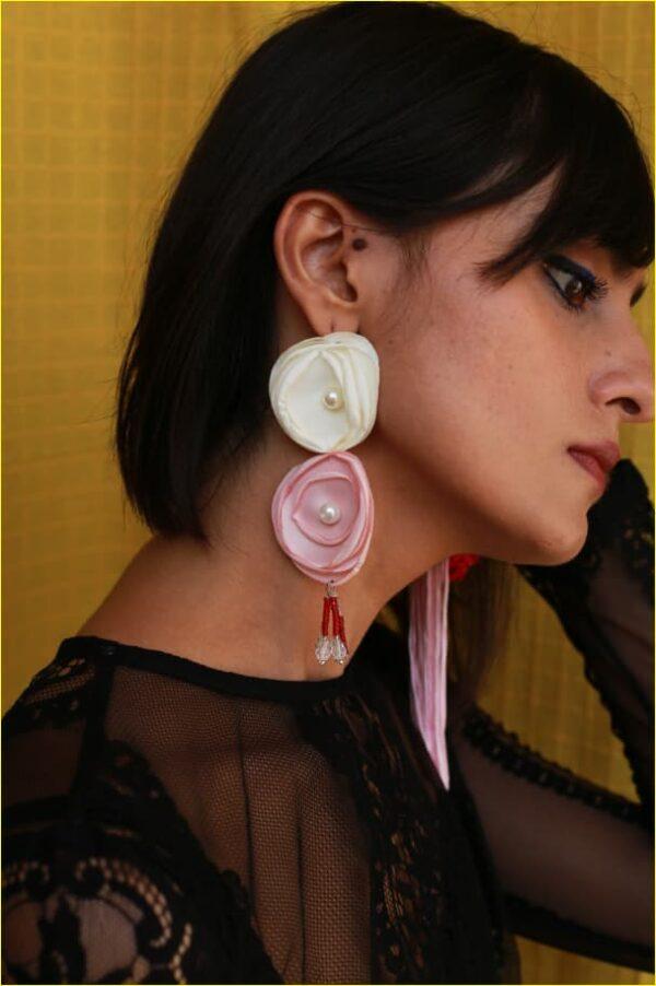 Bella White Bead Earrings |