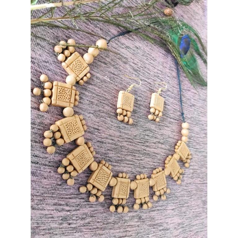 """Dominos Dot"" Carved Terracotta Necklace Set  "
