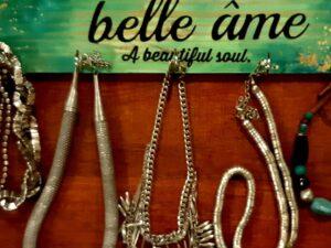 Green jewellery Holder