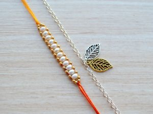 Simple Mauli Thread with Two Tone Gold Silver Plated Leaf Metal Bracelet Rakhi
