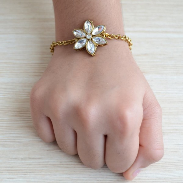 Gold Plated Jewelry Kundan Flower Rakhi Bracelet with Mauli Beaded Rakhi for Brother