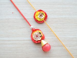 Simple Lumba and Rakhi Gift Set