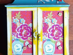 Pink Blue Leaves Cutout Key Holder - Almirah Shaped Keyholder