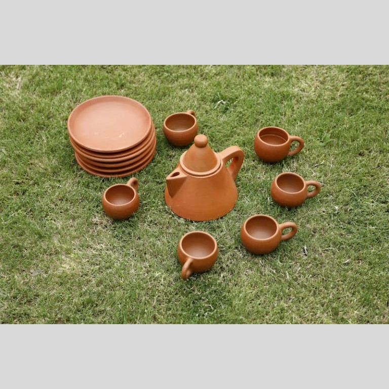 Terracotta Tea Set Conical