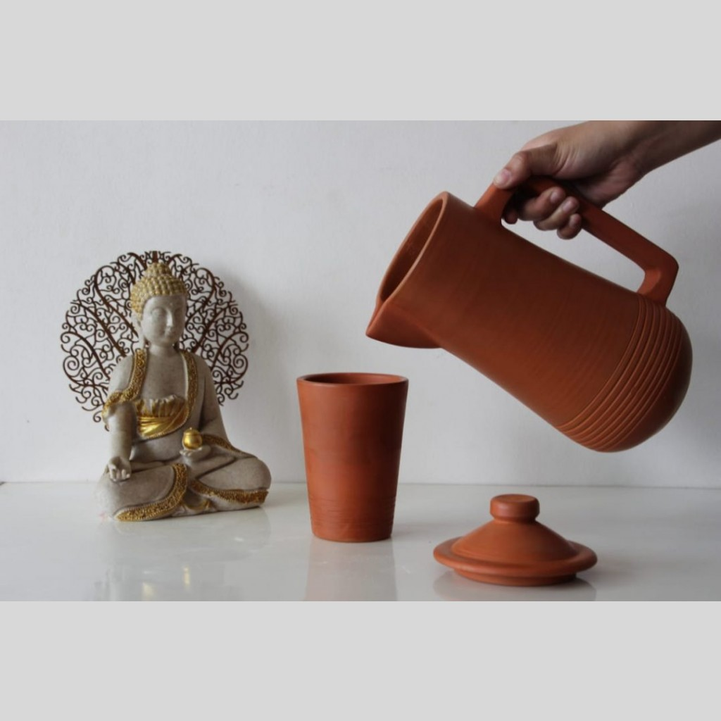 Eco-friendly Terracotta Water Jug with Lid ( 1.5L)   Eco-friendly Terracotta Water Jug  
