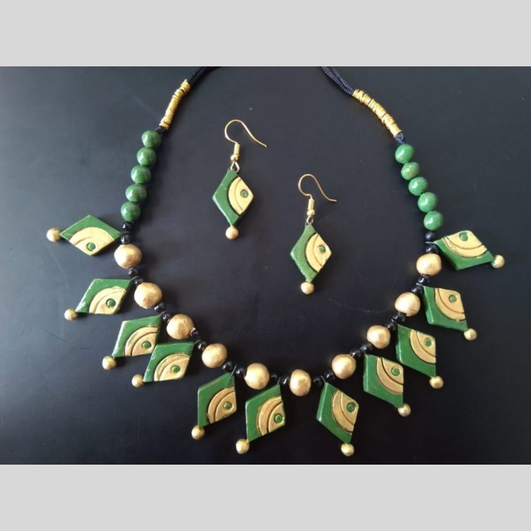 Crafted Terracotta Necklace Set   Crafted Terracotta Necklace Set  