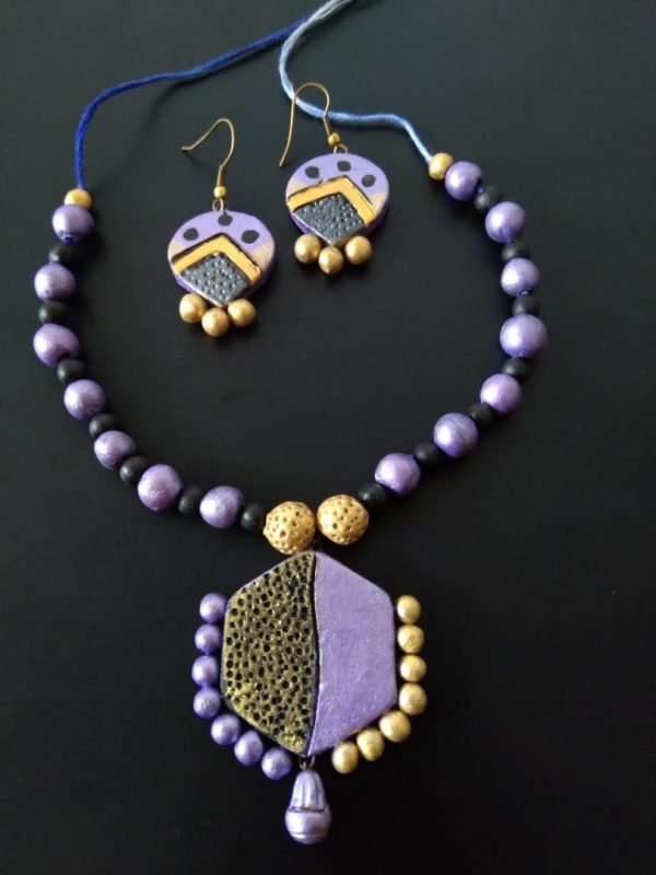 Hexagon Purple Clay Neckset