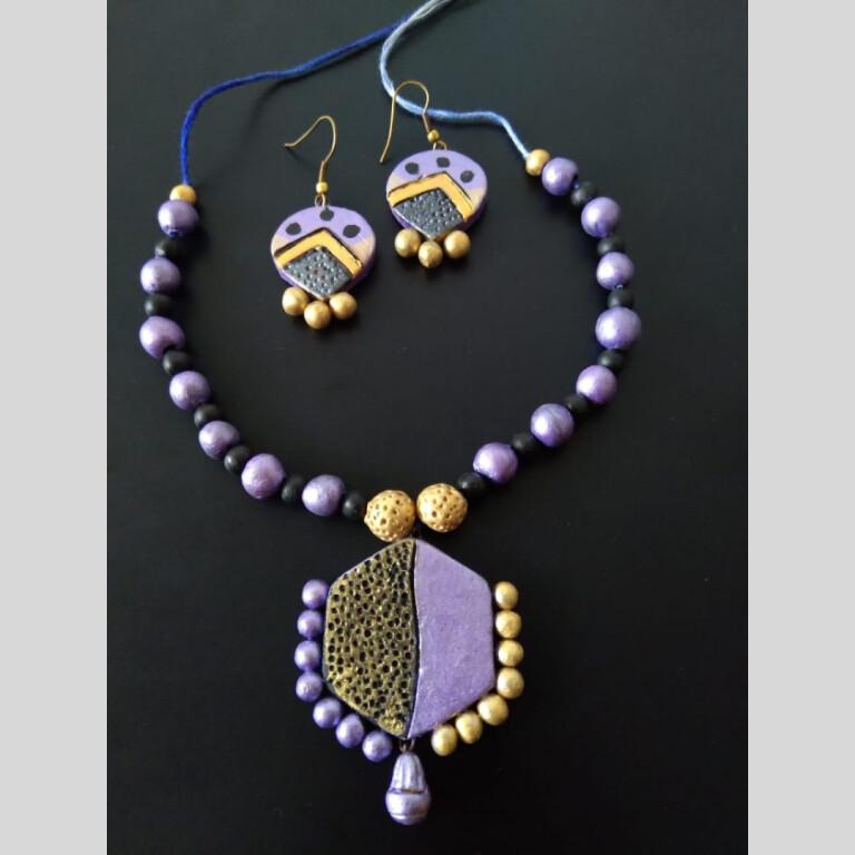 Hexagon Purple Clay Neckset