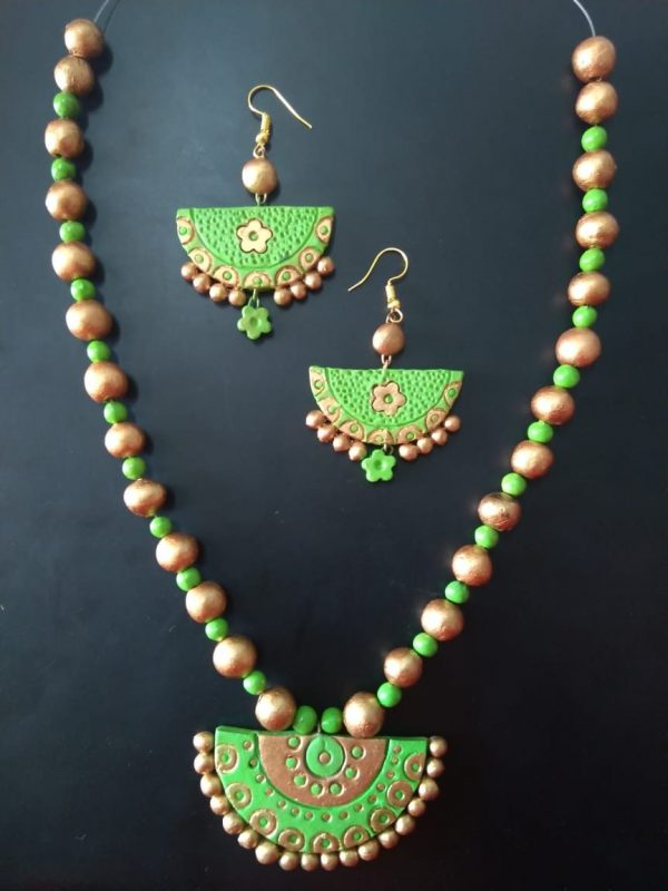 Green Half Circle Clay Necklace Set | Green Half Circle Clay Necklace Set |