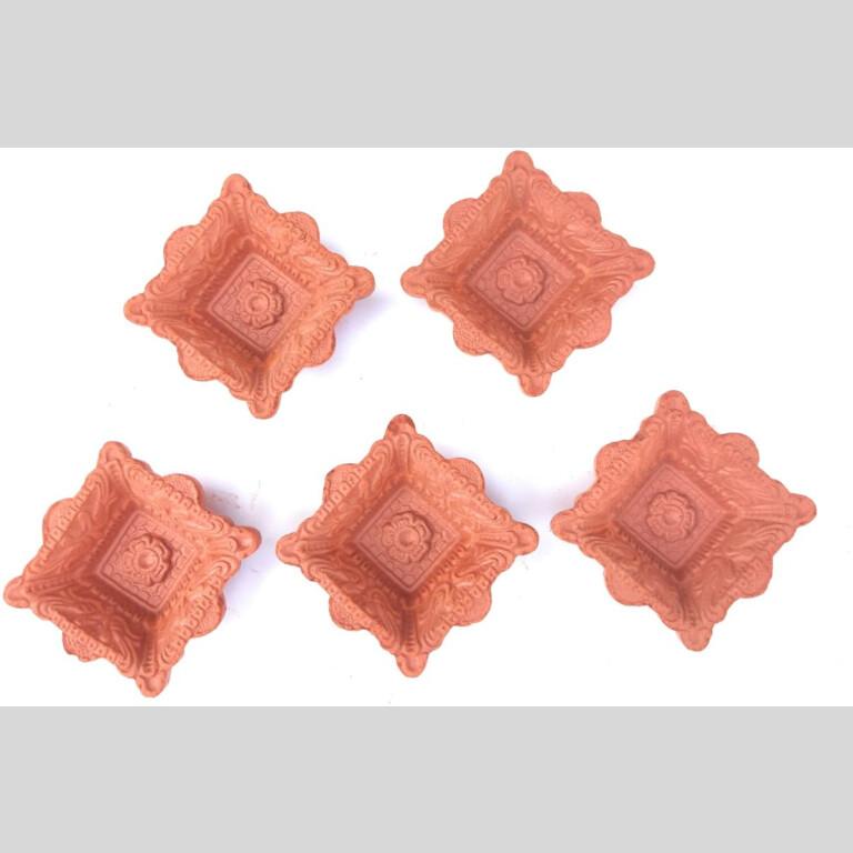 Square And Circle Shaped Terracotta Clay Diyas |