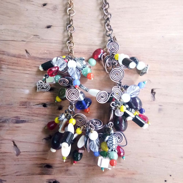 Chunky charm necklace |
