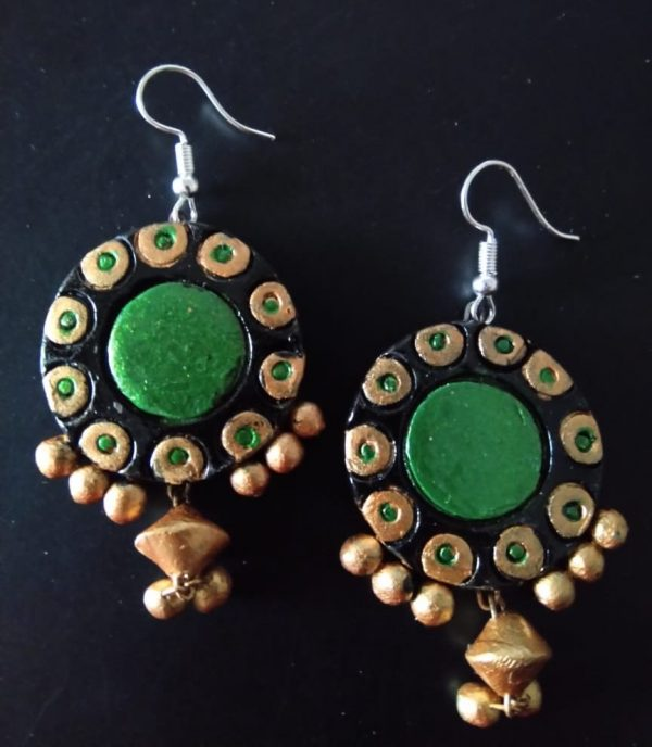 Chandbali With Attractive Green And Hanging Beads |
