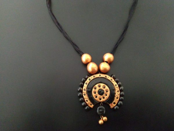 Traditional Terracotta Pendant With Copper Beads |