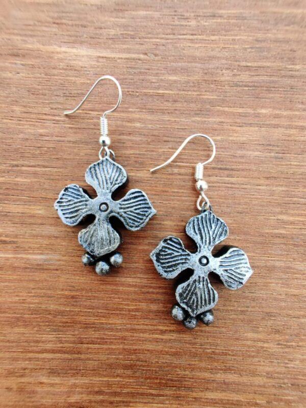 Grey Coloured Four Petal Terracotta Earring |
