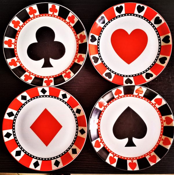 Playing cards- set of 4 wall hanging plates. |