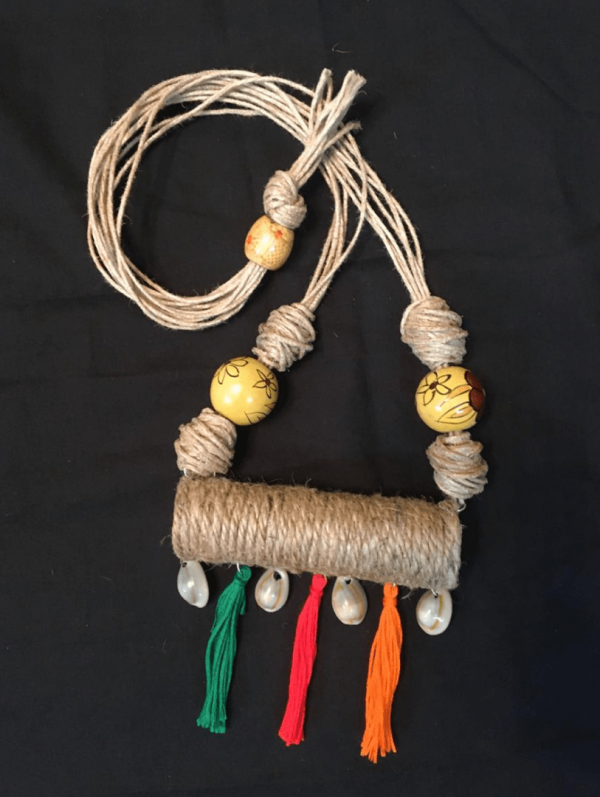 Jute Roller Neckpiece With Multi Colour Tussles |