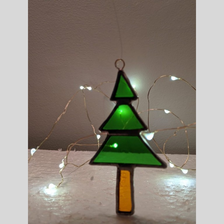 Stained Glass Christmas Tree |