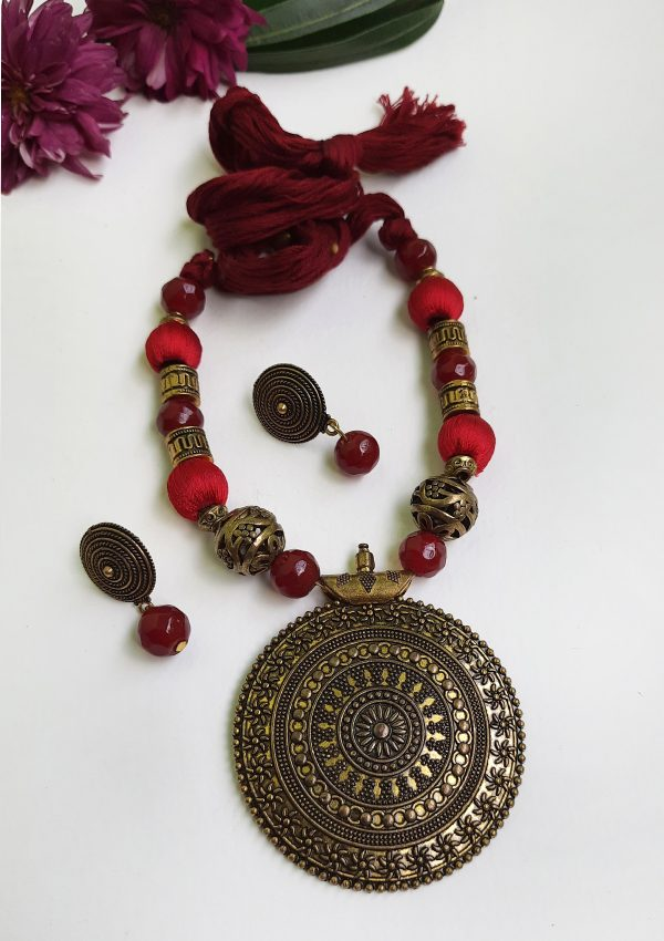 Round Maroon Ethnic Antique Neckset | Round Maroon Ethnic Antique Neckset |