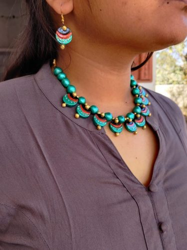Peacock Eye Terracotta Clay Necklace Set photo review