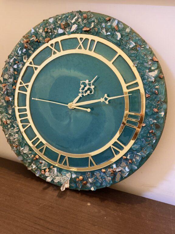 Green Blue Color Resin Wall Clock   Green Blue Color Resin Wall Clock  